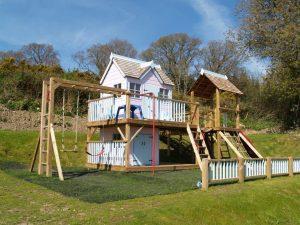 Otter Mega Combo playhouse climbing frame